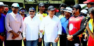 actors cricket (2)
