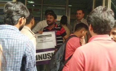 kanhaiya-kumar-protest-detained