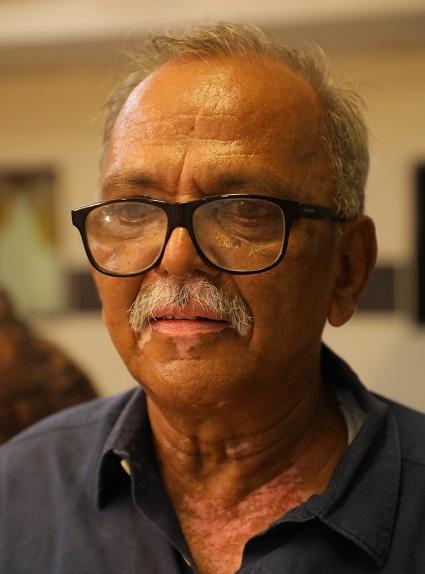 'காக்கைச் சிறகினிலே' ஆசிரியர் வி.முத்தையா